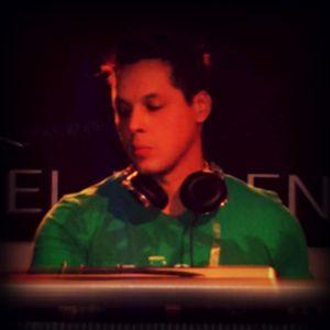 Derov Rojano - Let The Beat Control Yourself  <<< www.djderov.com >>>