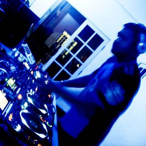 Live at THE DEQ Euphoria MOS 130510 Part 1