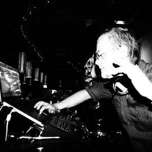 dj Kniv Live at Top Tien 14/05/11