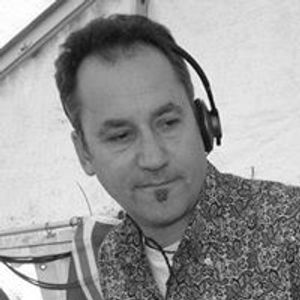 Retro Russ on Crackers Radio