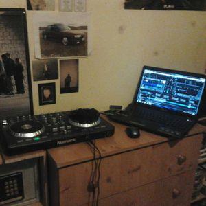 DJ PADDY R DUBSTEP MIX 18 JUNE 2012