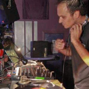 Edu Martin DJ - MadeInMadrid Live Set 3h (15-09-2011)