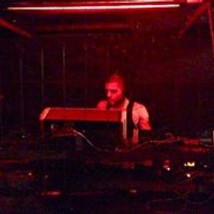 BRU/T xmas special EBM mix recorded @ SchwuZ