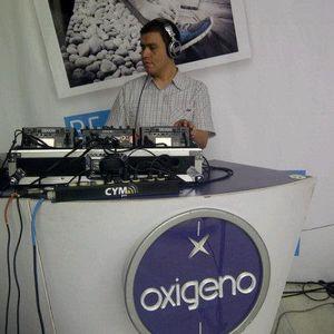 DJ Kike Sanchez & DJ CaPo - Juergon Patrio