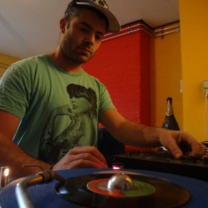 Strictly vinyl roots set in Café Belgique, Amsterdam part 3. Nuff killers!