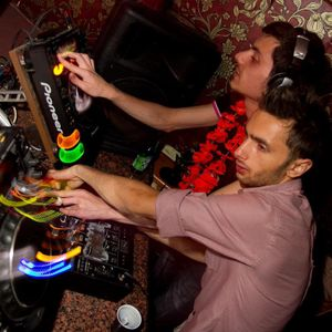 Protech Project - Februarie 2011 ( free download DJ SET )