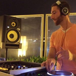 AmRo Demo set Summer 2011 (house, deephouse, funk and disco)