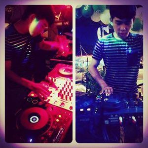 DJ Jeffin - Gentlemen Make some Noise 2013