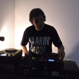 DJ Dog T. Part 2 . DJ H.S. Effect B-Day Jam 2015