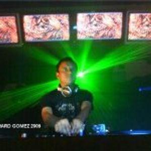 DJ RICHARD GOMEZ AKA ONLY - ESPAÑOL FRESAS (RETRO SESSION)  2012