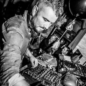 Marco Grandi-Exclusive mix for MoodyLushious Influences Radio Show