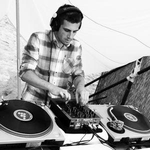 "Emiliano Pulsion ""Session Shmop' the life "" ( Teck-House / Minimal )"