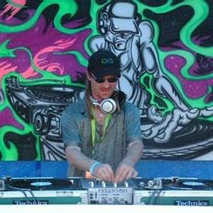 DJ Aaron Live in the Mix @ Game Over Radio 1-26-12