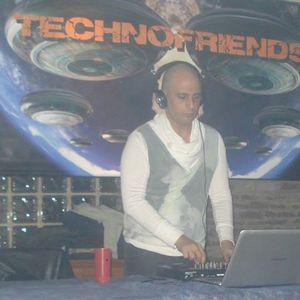 DJ IAN MUÑOZ......DEEP-MUY BUENO,,,