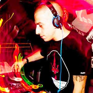 DJ Nik C Prog/Tech House July Aug 2011 Mix
