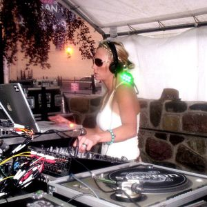 DEMF on My Mind-Live From the DOME -With DJJENNABROWN