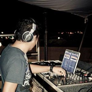Gerardo CS In Session - Oct 2K12