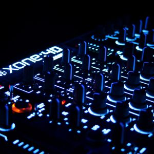 Minimal Dark Tech-House-DJ Kevin-July 2015