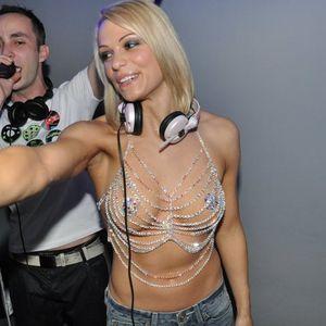 DennisDee Live @ Cirkus (contest set for Ritem Mladosti 2012)