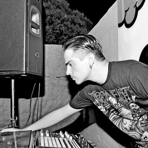 Raul_Parra_-_Live_At_Infussion_Spain_02-11-2002-KREMA (Urban Sounds)