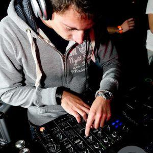 Dj Manuel V @ Amnesia Milano Sala 2 Game Over Party! 24-04-2012