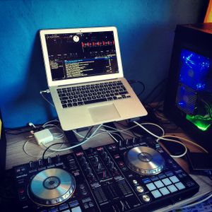 Set NikeComercialHits - DJ DweitZ