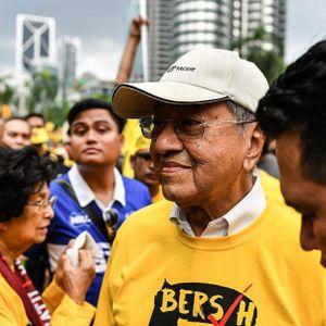 Anwar and Mahathir back in bed together