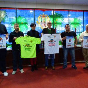 """Santa Úrsula. Presentación del partido de fútbol benéfico """" Amigos de Pedro Gutiérrez con Amigos de"""