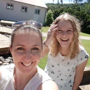 Hannah Mundell & Harriet Riley talk Summer of Biz