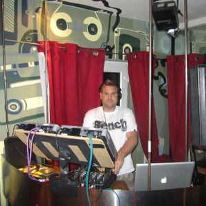 #59 Jambasha DJs Live at Bar Vinyl in Camden Town - Rubber Stamped House - May 2011