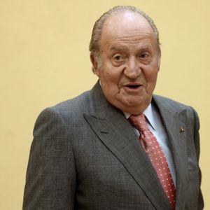 Tertulia: La polémica ausencia del Rey don Juan Carlos en el homenaje de las primeras elecciones dem