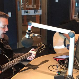 Adam Harvey and Beccy Cole perform in studio