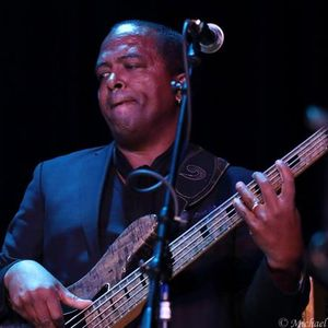 BASSIST DARRYL WILLIAMS