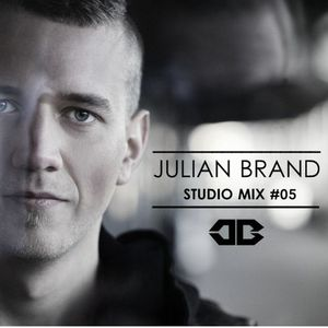 Julian Brand - Studio Mix #05 2017