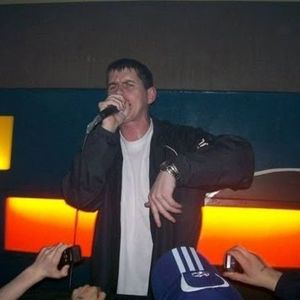 the new monkey sat 2nd dec 2000 djs.mac.bernie & d