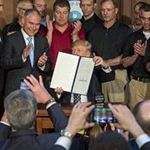 Em um ano, Trump desmontou toda a política ambiental dos EUA