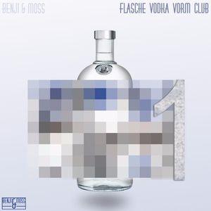 Flasche Vodka vorm Club – 1