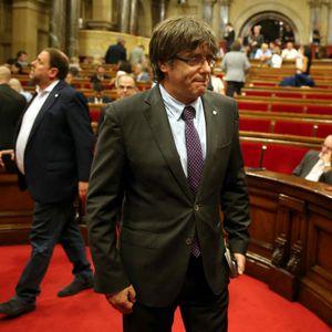 Tertulia: Lo de Cataluña ya no es choque de trenes, es choque de tsunamis