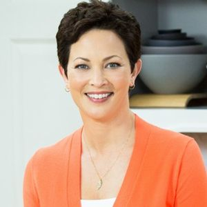 Episode 132: Ellie Krieger: RD Nutritionist, TV Producer, Cookbook Author, and More!