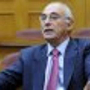 """Bitar: """"Yo no pondría en riesgo a los partidos políticos por un límite burocrático"""""""