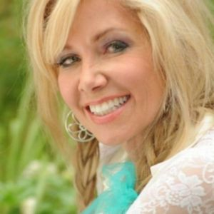 The Silver Lining: From Tragedy To Triumph...with Maria Sullivan