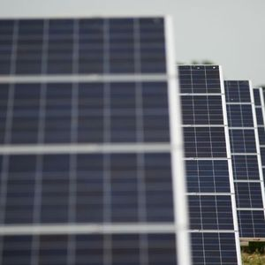 Breakfast Business:Solar energy, examinership & markets