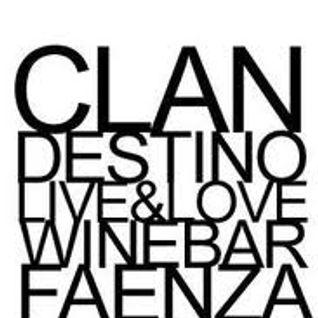 Clandestino 31/10 set
