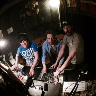 MustBeat show @ Tilos Radio FM90.3 | 04. 04. 2015.
