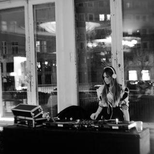 Mixwag Radio show \\ 23.11.13 \\ New Remixes