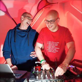 DJs BlueSpacE and Dense at 'VISIONS' 2015 - pt1 of the B2B DJ set recording