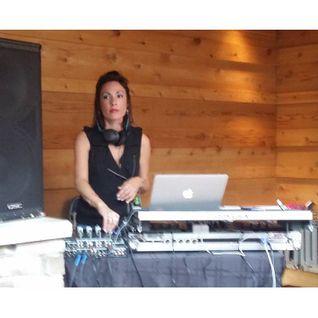 Marissa Guzman at ArtBeat wsg Stacey Pullen