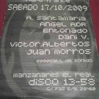 DIEGO ENTONADO@ 1358 MANZANARES EL REAL(2009)
