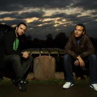Brookes Brothers - BBC Essential Mix (23-07-2011)