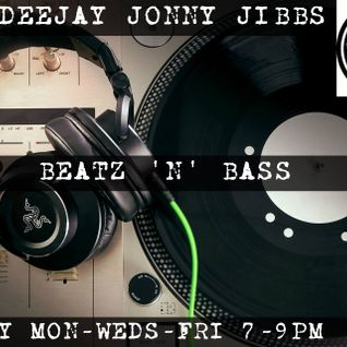 Beats & Bass presents String Theory -The D&B Rollers Selection #19 DeeJay Jonny Jibbs on UeBeatz.com